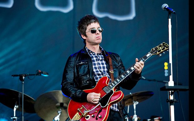 Isle of Wight Festival - Day 4...NEWPORT, UNITED KINGDOM - JUNE 24:  Noel Gallagher of Noel Gallagher's High Flying Birds performs on the main stage on day 4 of The Isle of Wight Festival at Seaclose Park on June 24, 2012 in Newport, Isle of Wight. (Photo by Samir Hussein/Getty Images)