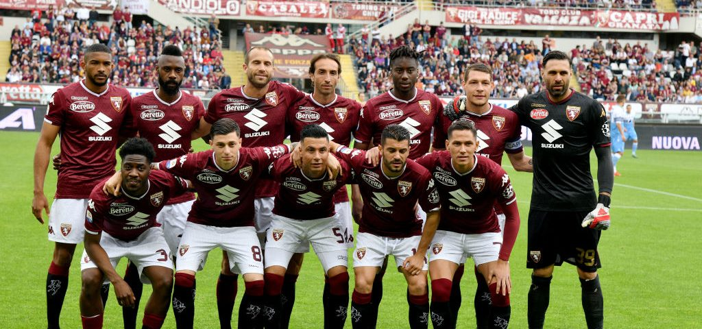 TURIN, ITALY - MAY 26: Players of Torino FC pose for the team photo during the Serie A match between Torino FC and SS Lazio at Stadio Olimpico di Torino on May 26, 2019 in Turin, Italy.  (Photo by Marco Rosi/Getty Images)